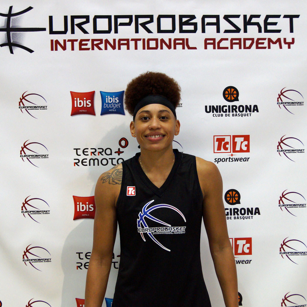 Europrobasket Player Paulletta Powell on a tryout in Catalunya!