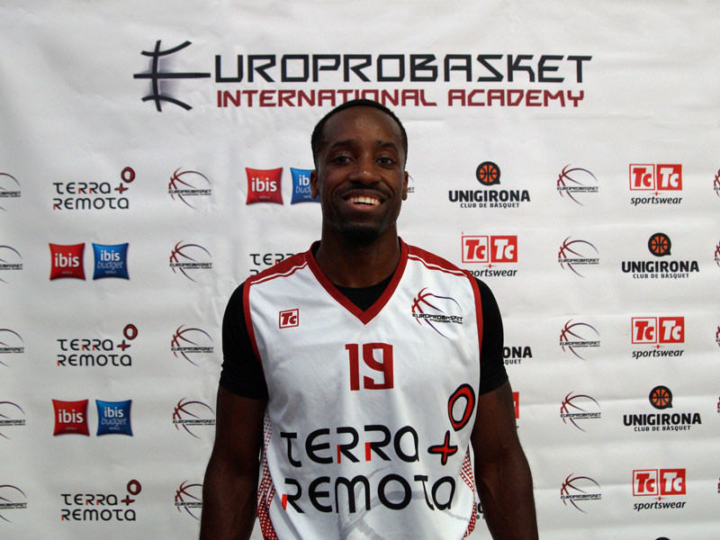 Europrobasket Player Demetrious Lambright on tryout in Valencia