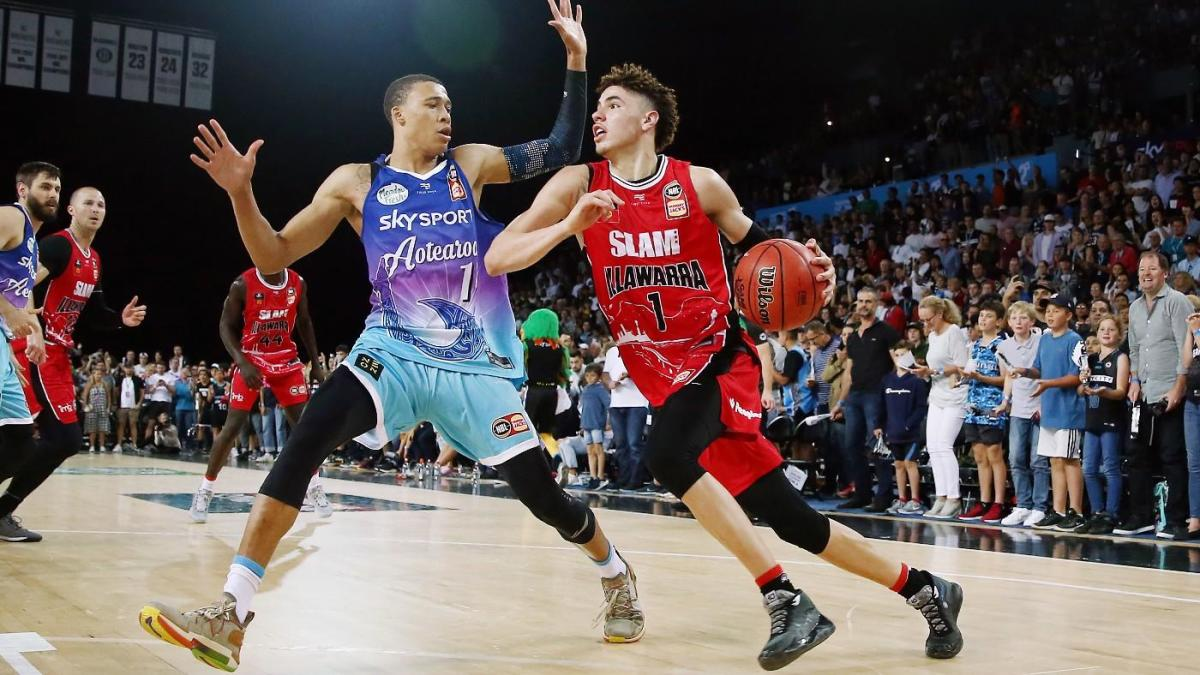 Lamelo Ball plays in the australian basketball league - NBL