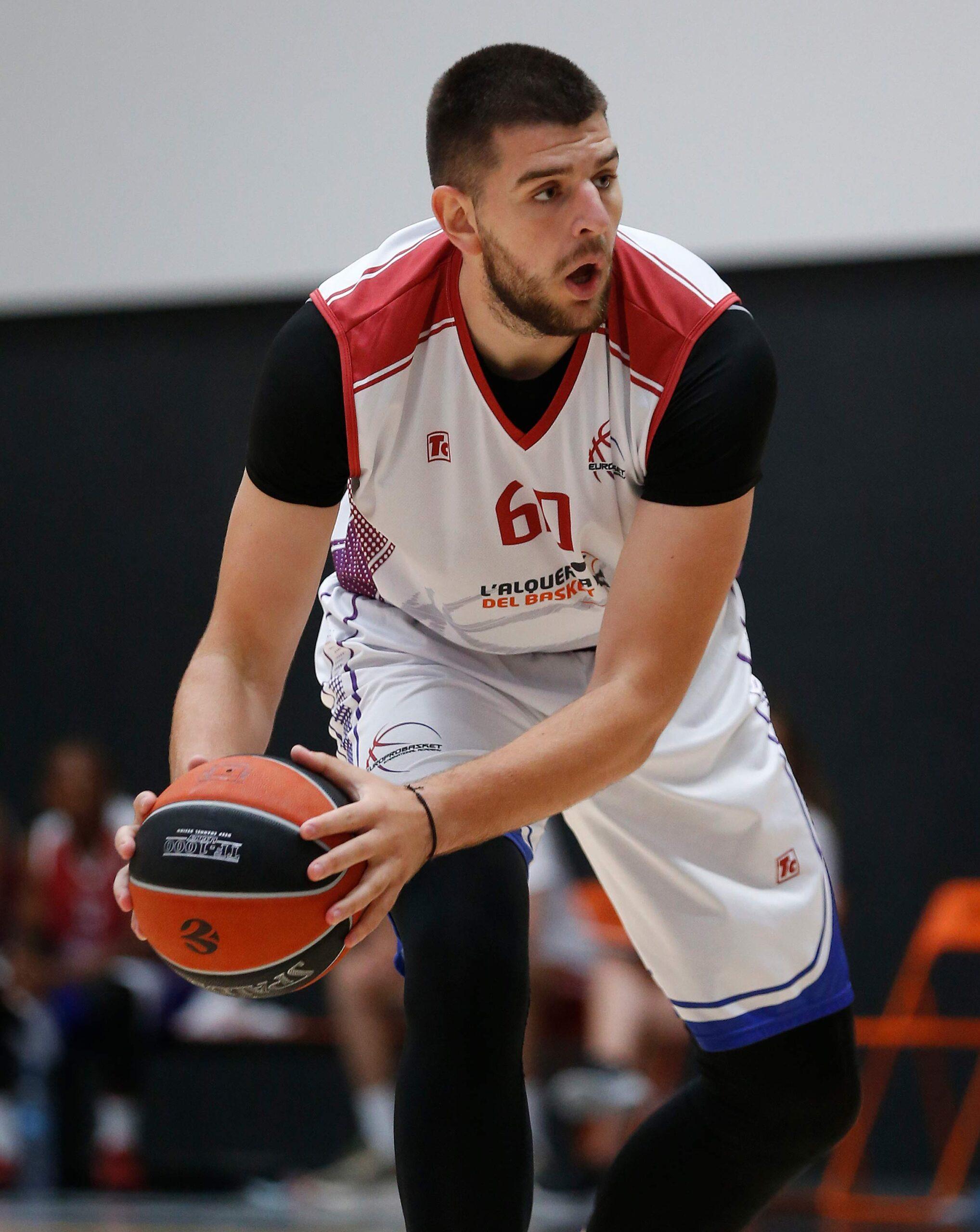 Milan Pavlovic Spain